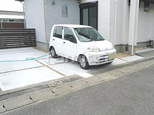 駐車場ガレージ床 土間コンクリート 錆砂利目地