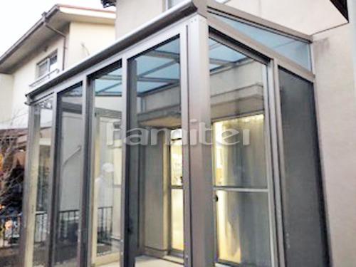 ガーデンルーム YKKAP サンフィール3 サンルーム F型フラット屋根 網戸(正面 両側面) 上下可動式物干し 既存テラス撤去