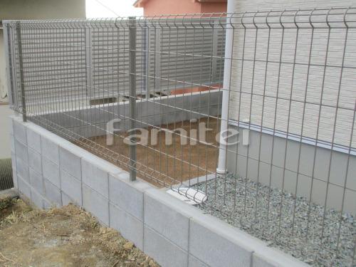 境界フェンス ハイグリットUF8型 CBブロック積み