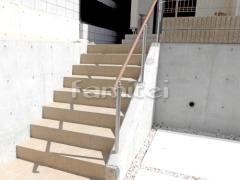 施工例画像:玄関アプローチ階段手摺り(手すり) 四国化成 セイフティービームSJ型