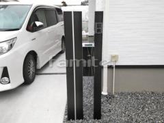 施工例画像:機能門柱 木製調デザインアルミ角柱 LIXILリクシル 汎用形材100角 郵便受けポスト OnlyOneオンリーワン モノボックス