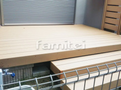 施工例画像:人工木材ウッドデッキ LIXILリクシル 樹ら楽ステージ(きらら) 樹脂 デッキフェンス 階段ステップ2段