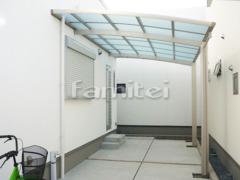 施工例画像:雨除け屋根 YKKAP レイナベーカ 1階用 R型アール屋根