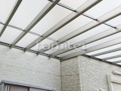 施工例画像:雨除け屋根 YKKAP ソラリアテラス屋根 1階用 F型フラット屋根 物干し 既存テラス解体撤去