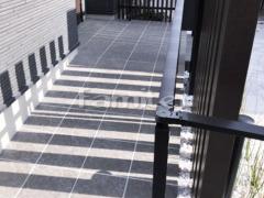 施工例画像:玄関スロープ LIXILリクシル グレイスランド300角 バリアフリー 段差ステップ解消