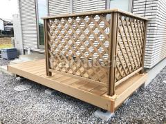施工例画像:人工木材ウッドデッキ LIXILリクシル 樹ら楽ステージ(きらら) 樹脂 デッキフェンス