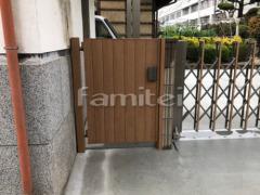 施工例画像:玄関門扉 LIXILリクシル 開き門扉木製調AA TM1型 12-07 片開き