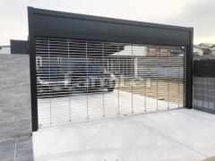 施工例画像:電動車庫シャッターゲート LIXILリクシル ワイドシャッターS Fタイプ ステンレスタイプ 横2台用