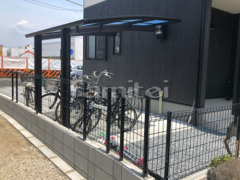 施工例画像:自転車バイク屋根 YKKAP レイナポートグランミニ 駐輪場屋根 サイクルポート R型アール屋根 メッシュフェンス LIXILハイグリッドUF8型