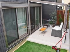 施工例画像:木製調ガーデンルーム LIXILリクシル ココマ オープンテラス腰壁タイプ