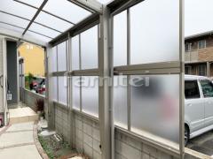 施工例画像:自転車バイク屋根 YKKAP レイナポートグランミニ 駐輪場屋根 サイクルポート R型アール屋根 目隠しパネル(側面 サイド)