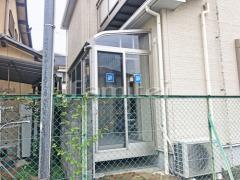 施工例画像:ガーデンルーム YKKAP ソラリア サンルーム R型アール屋根 網戸(正面 側面) 物干し