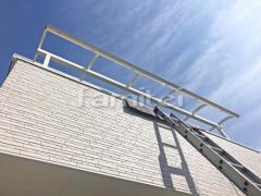 施工例画像:ベランダ屋根 YKKAP ソラリアテラス屋根 2階用 R型アール屋根