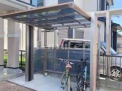 施工例画像:自転車バイク屋根 四国化成 木製調マイポートorigin ミニ駐輪場屋根 サイクルポート F型フラット屋根