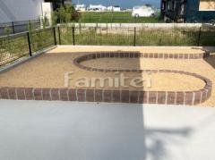 施工例画像:お庭 レンガ縦積み花壇 東洋工業TOYO ベイクブリック マサ土敷き