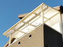 施工例画像:ベランダ屋根 YKKAP ソラリアテラス屋根 2階用 F型フラット屋根