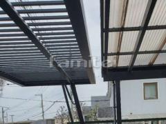 施工例画像:電動跳ね上げ式門扉 LIXILワイドオーバードアS2型 横2台