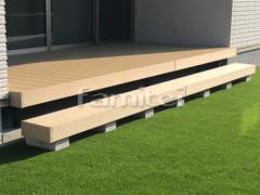 施工例画像:人工木材ウッドデッキ LIXILリクシル 樹ら楽ステージ(きらら) 樹脂 ステップデッキ