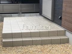 施工例画像:タイルデッキ 床タイル貼り 新井窯業 セリフォス300角