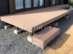 施工例画像:人工木材ウッドデッキ LIXILリクシル 樹ら楽ステージ(きらら) 樹脂 段差ステップ1段
