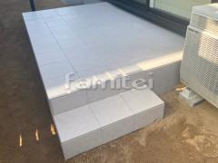 施工例画像:お庭 タイルデッキ LIXILリクシル グレイスランド300角 階段ステップ