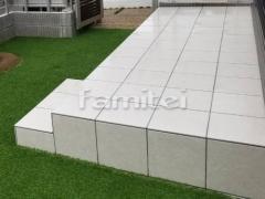 施工例画像:お庭のタイルデッキ