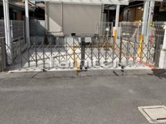 施工例画像:伸縮門扉 LIXILリクシル セレビューFA型 両開きタイプ アコーディオンゲート