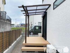 施工例画像:YKK フル木製調 サザンテラス ウッドデッキ LIXIL樹ら楽ステージ