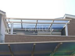 施工例画像:カーポート サイクルポート LIXILネスカF2階ベランダ屋根 YKKソラリアF