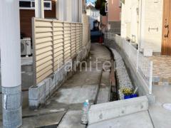 施工例画像:目隠しフェンス シンプレオ ルーバーサニーブリーズ