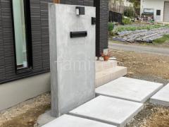 施工例画像:門柱 モルタル仕上げ