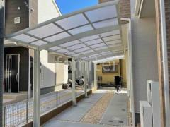 施工例画像:水平式物干し 本体色 ホワイト 屋根色 クリアマット