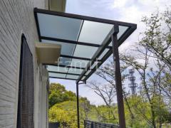 施工例画像:フル木製調テラス屋根 三協ナチュレ