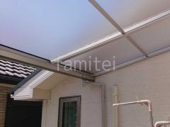 施工例画像:本体色 プラチナステン 屋根色 屋根材 ポリカーボネート トーメイマット