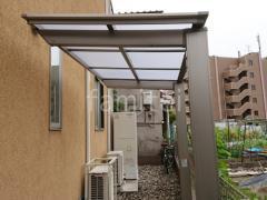 施工例画像:1階テラス屋根 LIXIL 独立式フーゴFテラス