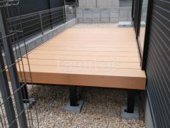 施工例画像:人工木ウッドデッキ 三協アルミ ひとと木