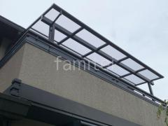 施工例画像:1階テラス屋根 2階ベランダ屋 LIXIL スピーネF