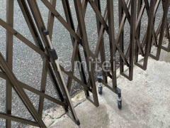 施工例画像:伸縮門扉 LIXILアルシャインII M型 Aタイプ