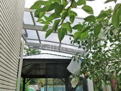 施工例画像:屋根材 ポリカーボネート クリアブルー