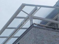 施工例画像:目隠しフェンス塀 テラス屋根