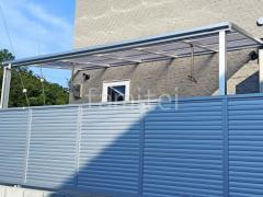 施工例画像:1階テラス屋根 YKKソラリアF 物干し