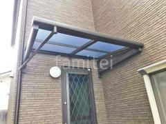 施工例画像:雨除け屋根 LIXILスピーネ1階・柱なし カーポート フーゴF1台