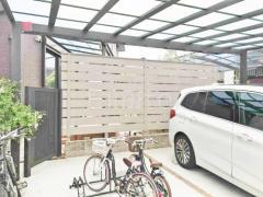施工例画像:目隠しフェンス塀 ディーズガーデン アルファウッド
