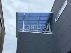 施工例画像:2階ベランダ屋根YKK ソラリアF 積雪50cm対応 物干し