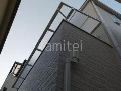 施工例画像:2階ベランダ屋根 LIXIL スピーネF