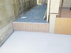 施工例画像:土留め化粧ブロック ユニソン シャモティ