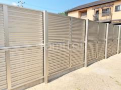 施工例画像:目隠しフェンス塀 YKKシンプレオ13F型