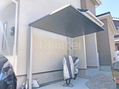 施工例画像:フル木製調雨除け屋根 サイクルポート 立水栓
