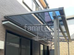 施工例画像:カーポート YKKAP 1階テラス屋根 人工木デッキ LIXIL