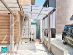 施工例画像:カーポート ストックヤード 目隠しフェンス塀